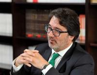 Bastonário avança com advocacia em exclusivo