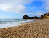 Praias: desrespeito pela bandeira vermelha dá direito a multa pesada