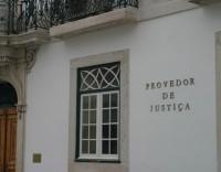 Provedor de Justiça contra suspensão de polícias acusados pelo Ministério Público
