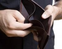 Famílias não conseguem pagar créditos abaixo de mil euros